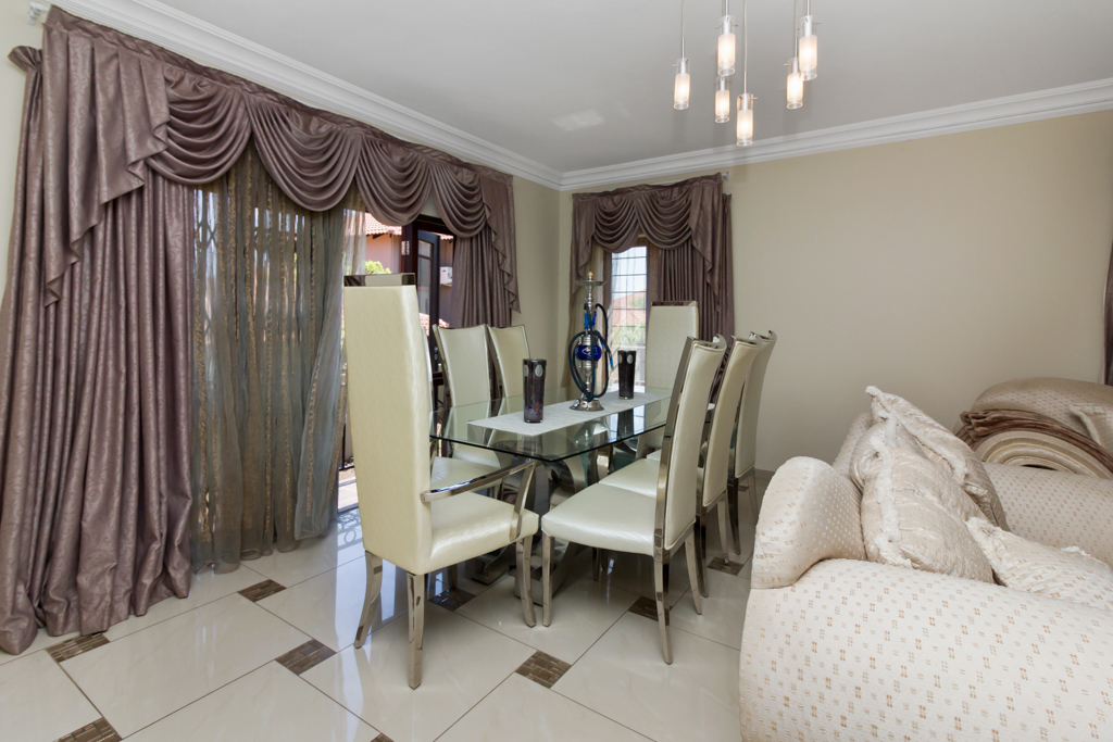 3 Bedroom Townhouse for sale in North Riding LH-5741 : photo#3