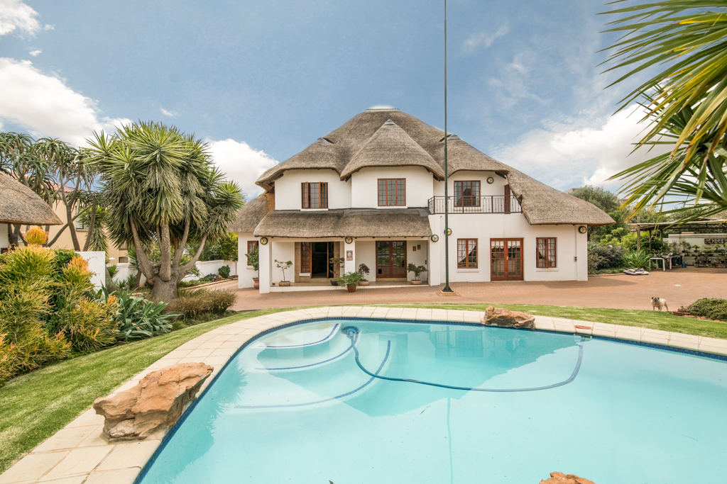 6 BedroomHouse For Sale In Ruimsig