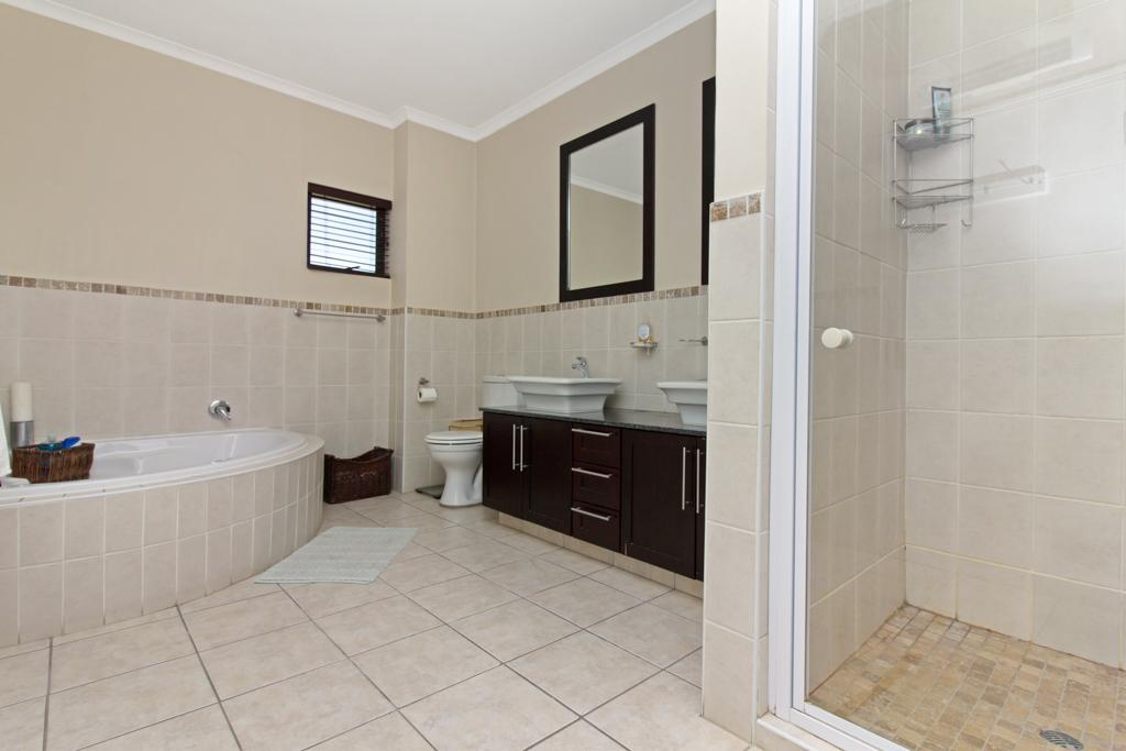 3 Bedroom House for sale in Kyalami Glen LH-5796 : photo#14