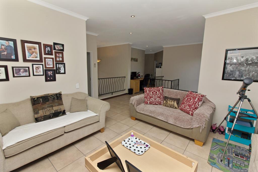 3 Bedroom House for sale in Kyalami Glen LH-5796 : photo#11