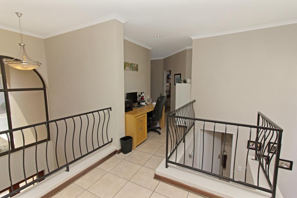 3 Bedroom House for sale in Kyalami Glen LH-5796 : photo#9