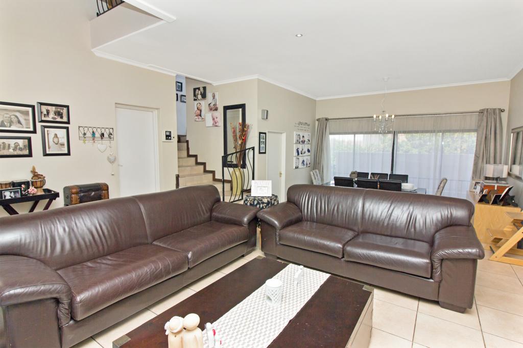 3 Bedroom House for sale in Kyalami Glen LH-5796 : photo#0