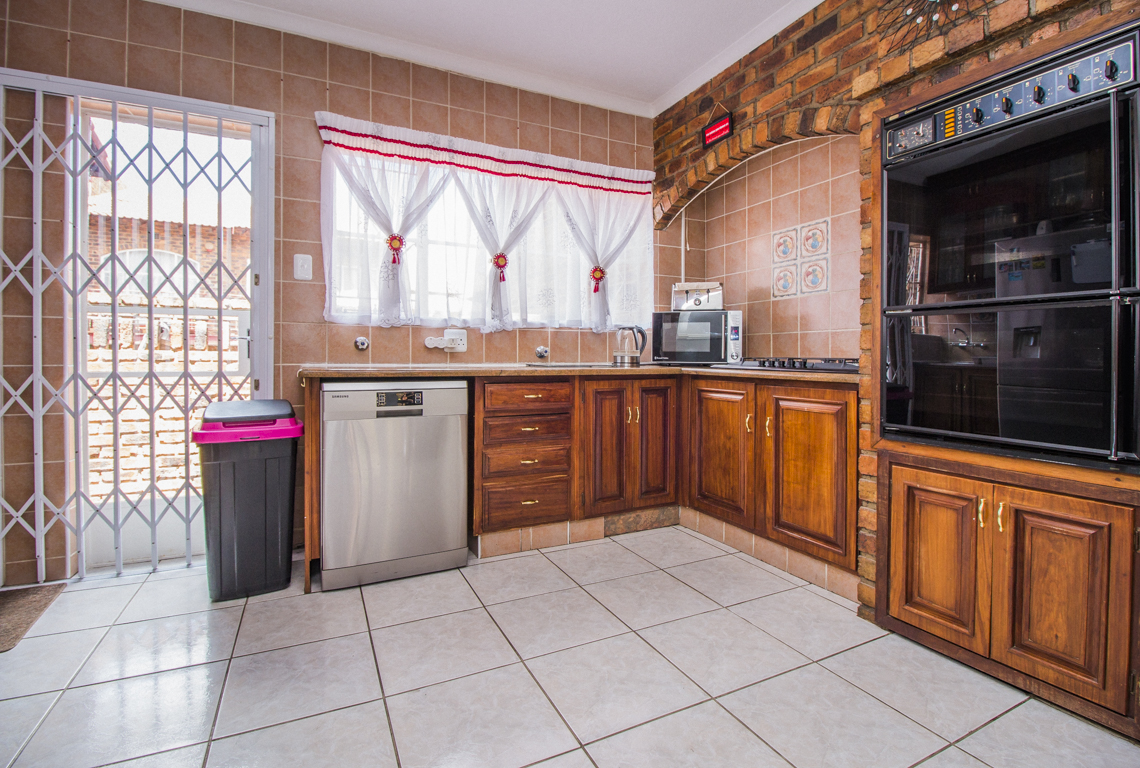 2 Bedroom Townhouse for sale in Ridgeway LH-5872 : photo#18