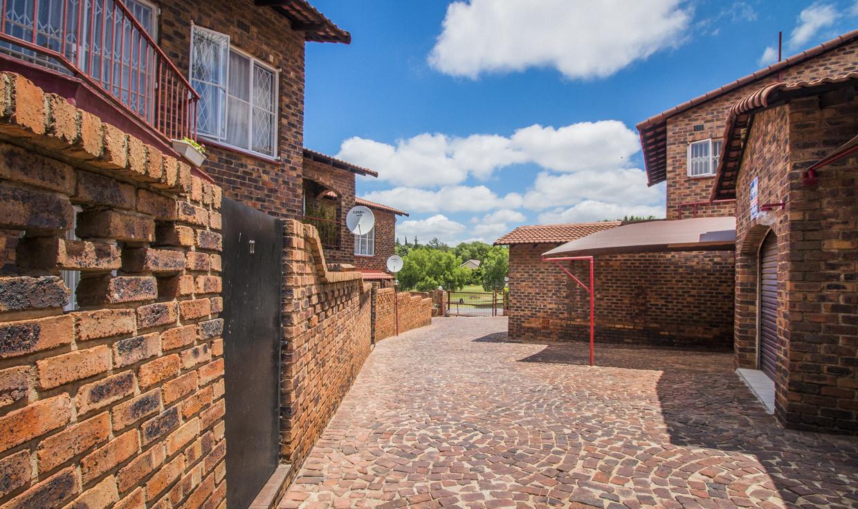 2 Bedroom Townhouse for sale in Ridgeway LH-5872 : photo#25