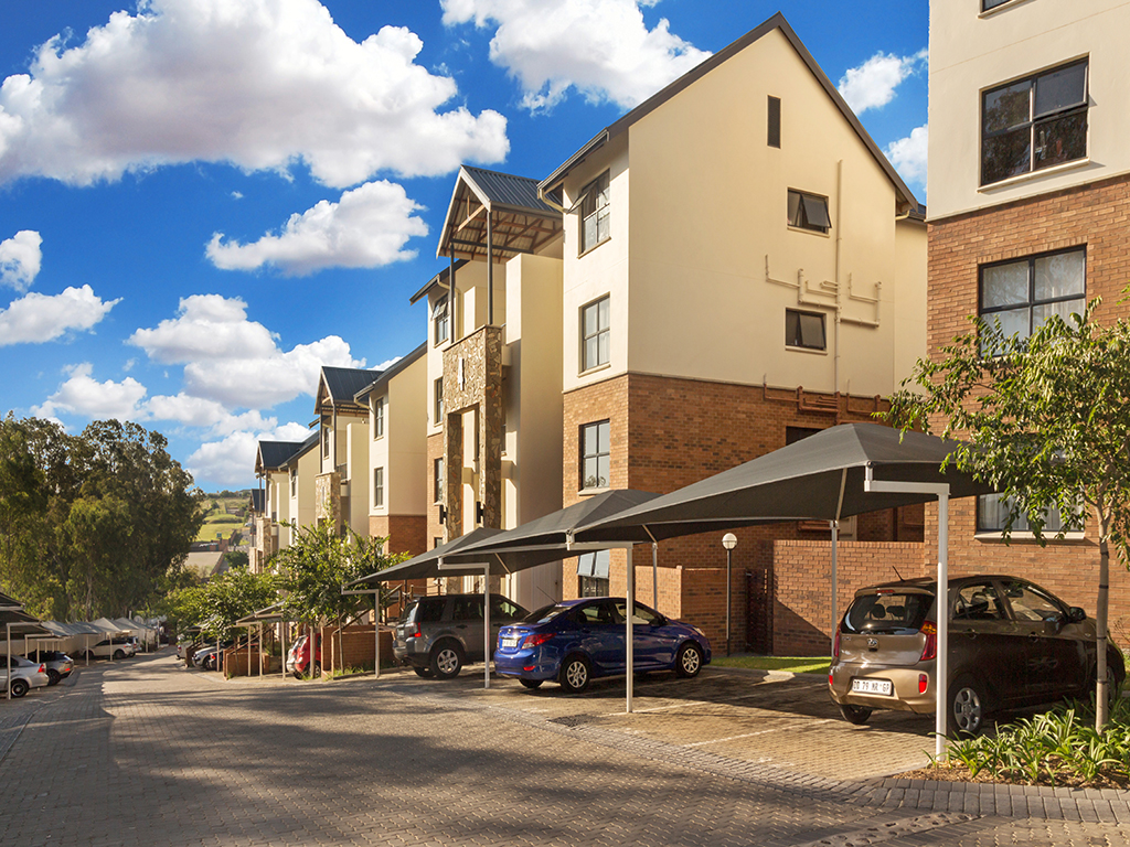 3 BedroomApartment For Sale In Kyalami Hills