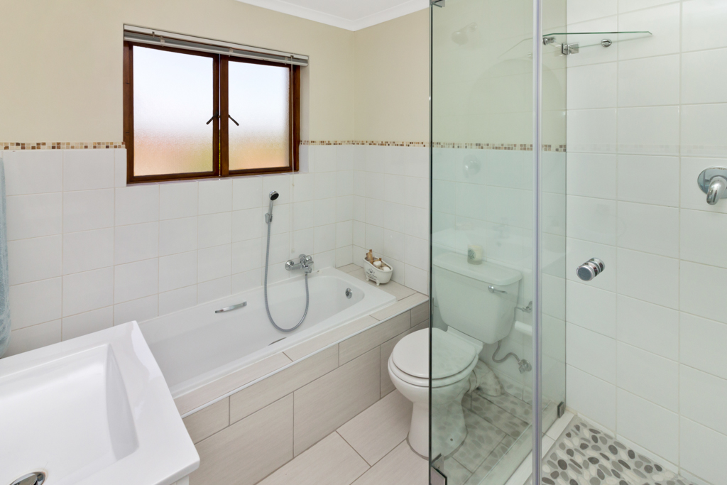 3 Bedroom House for sale in Fourways Gardens LH-6038 : photo#19