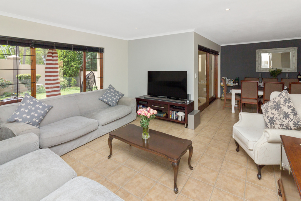 3 Bedroom House for sale in Fourways Gardens LH-6038 : photo#2