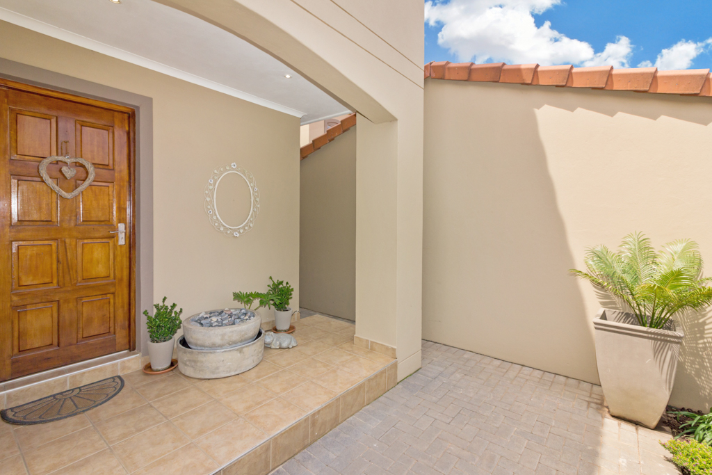 3 Bedroom House for sale in Fourways Gardens LH-6038 : photo#22