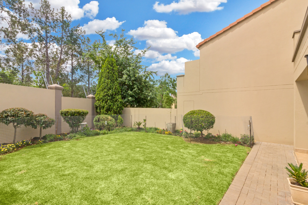 3 Bedroom House for sale in Fourways Gardens LH-6038 : photo#28