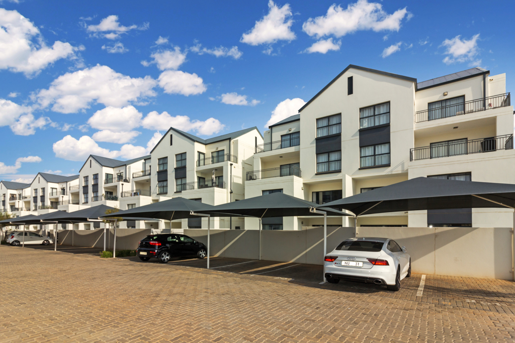 3 BedroomApartment For Sale In Greenstone Hill
