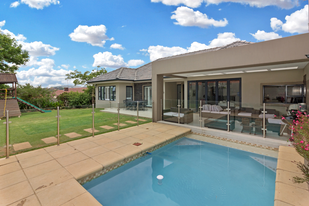 5 BedroomHouse For Sale In Sydenham