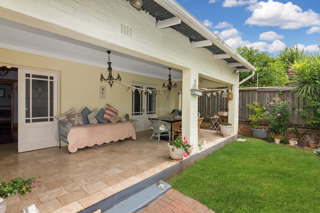 3 BedroomHouse For Sale In Auckland Park