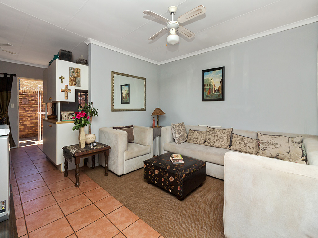 3 Bedroom Townhouse for sale in Meyerspark LH-7136 : photo#3