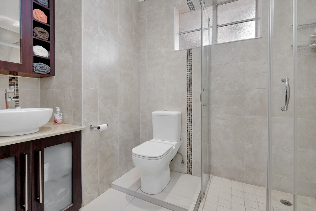3 Bedroom House for sale in South Crest LH-7920 : photo#11