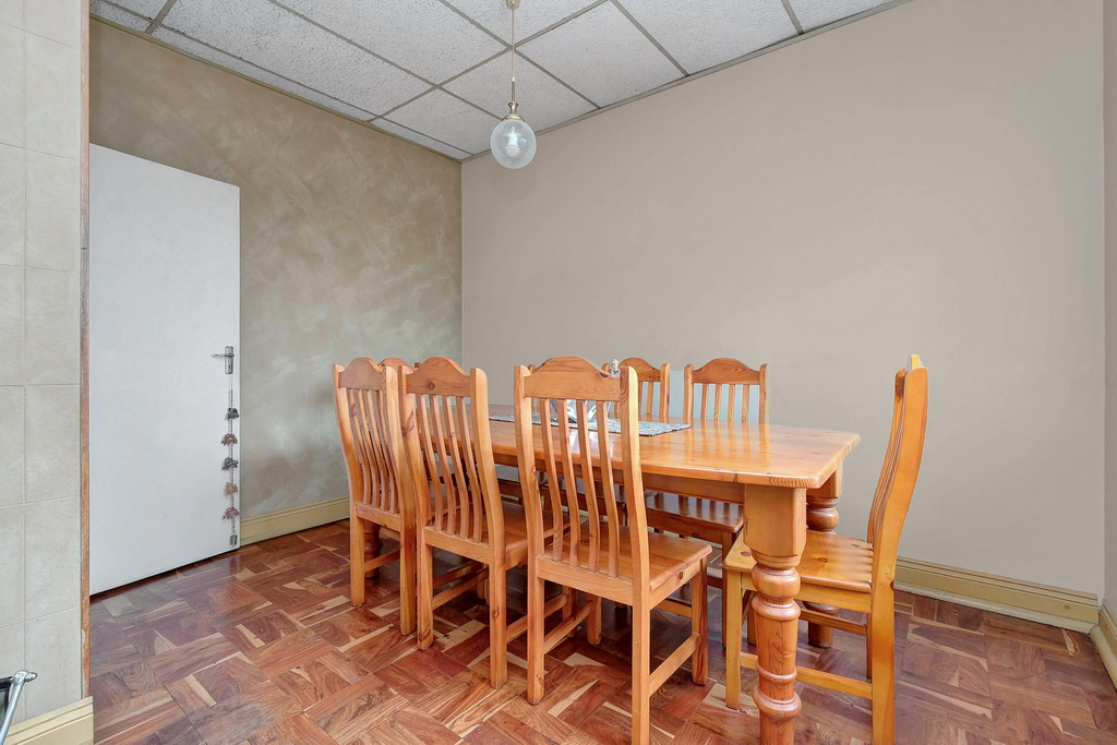 3 Bedroom House for sale in South Crest LH-7920 : photo#7