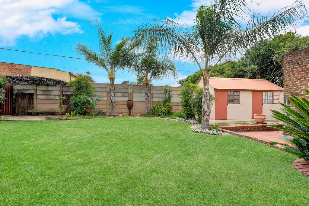 3 Bedroom House for sale in South Crest LH-7920 : photo#17