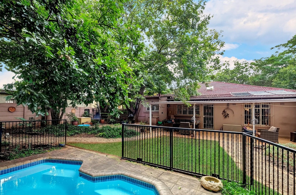 2 BedroomHouse For Sale In Northmead