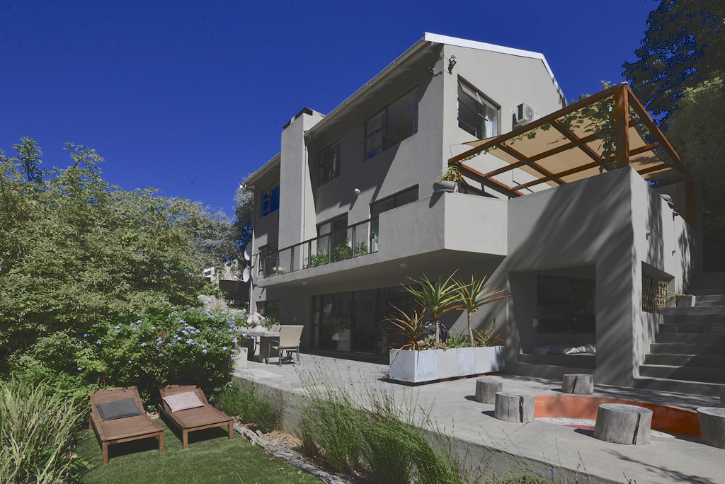 4 BedroomHouse For Sale In Worlds View