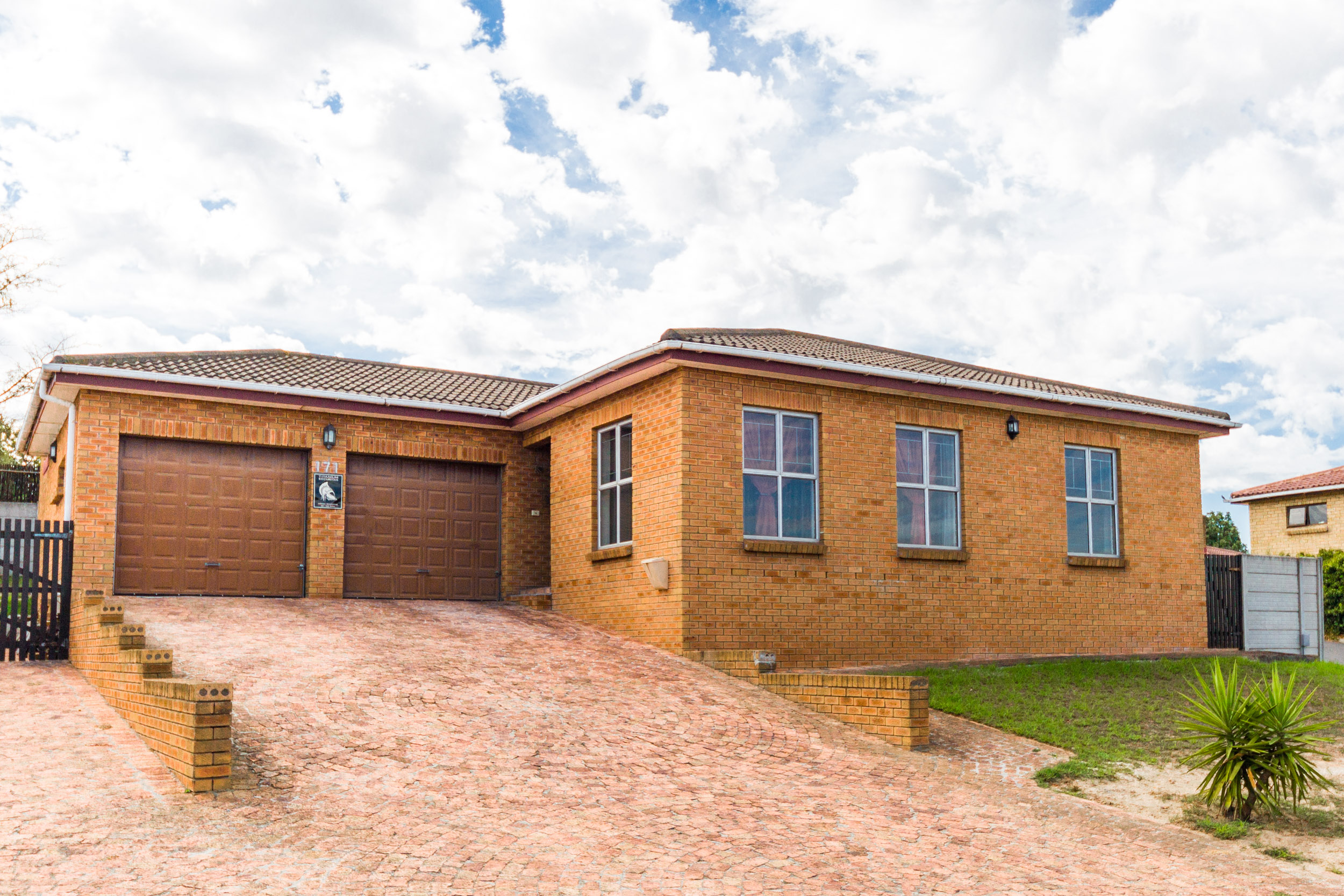 3 BedroomHouse For Sale In Brackenfell South