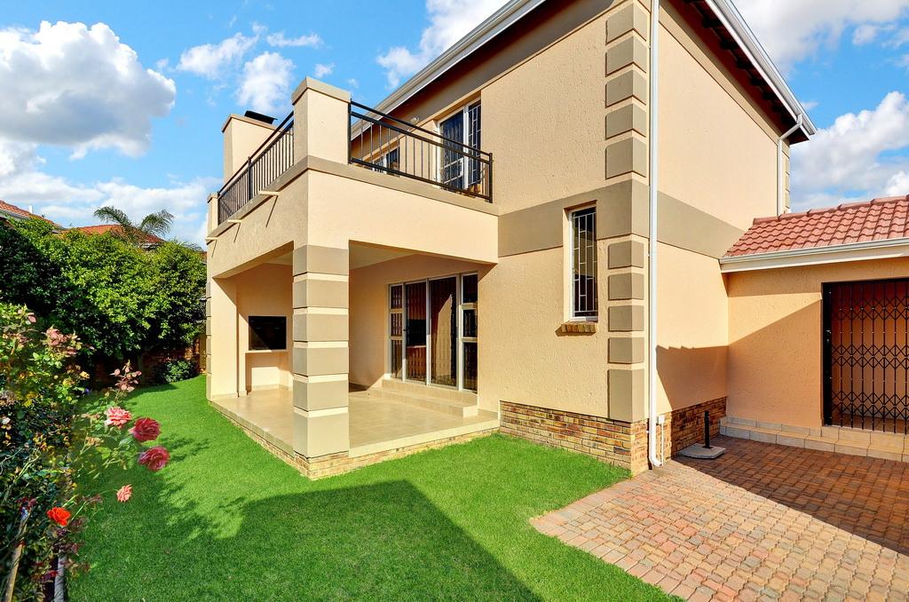 3 BedroomHouse For Sale In Honeydew