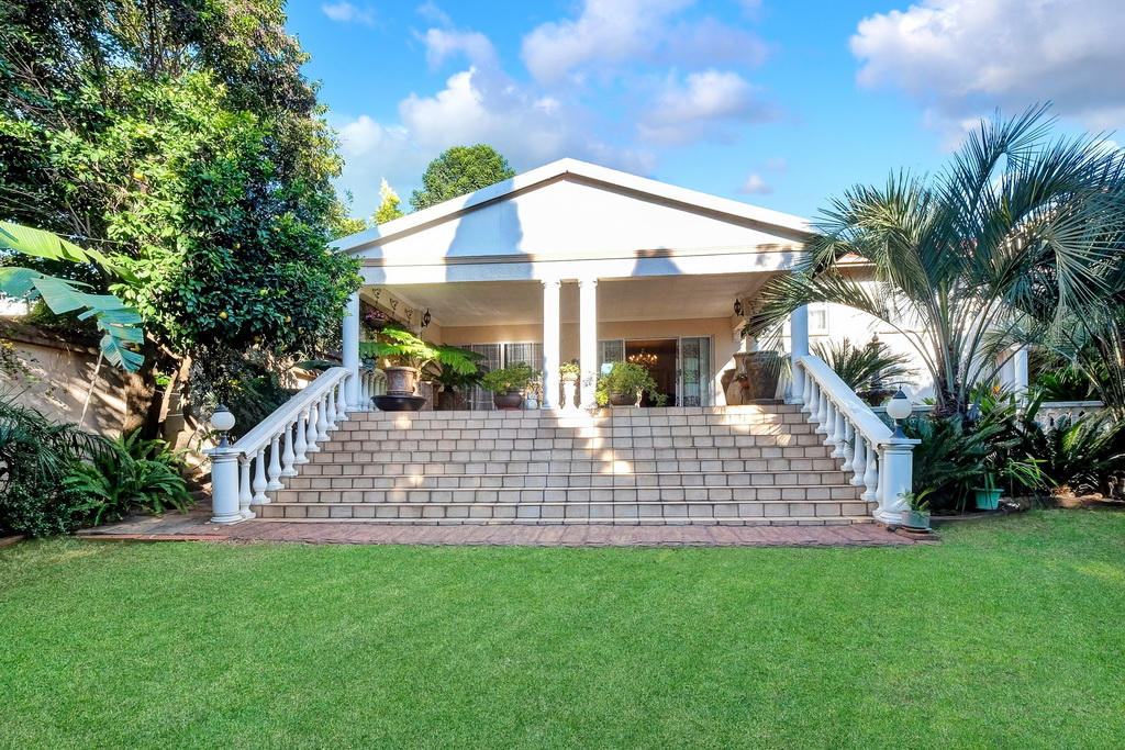 3 BedroomHouse For Sale In Sunnyrock