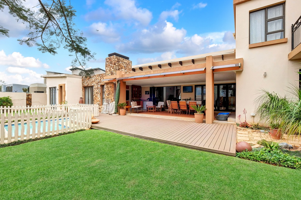 4 BedroomHouse For Sale In Serengeti Golf And Wildlife Estate