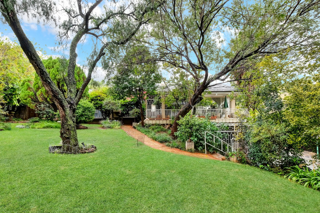 3 BedroomHouse For Sale In Linmeyer