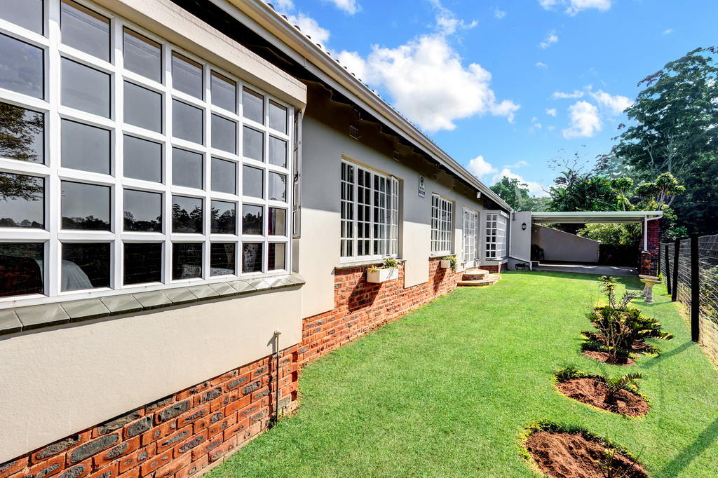 3 BedroomTownhouse For Sale In Kloof