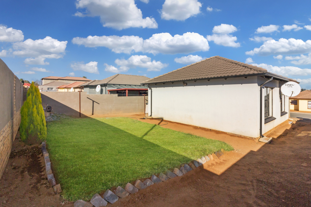 3 BedroomHouse For Sale In Mindalore