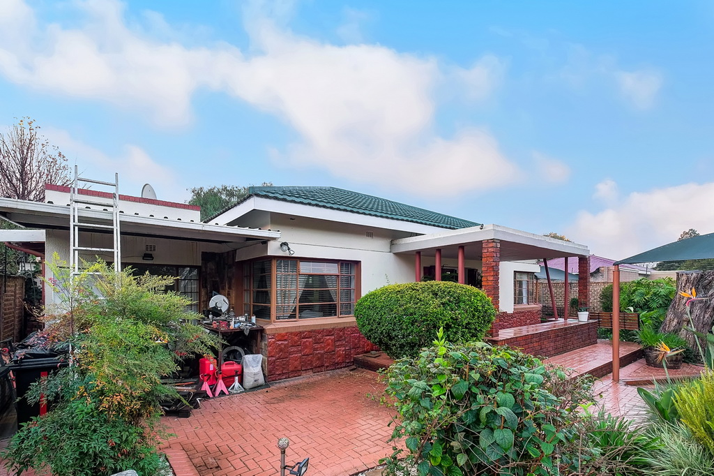 4 BedroomHouse For Sale In Northmead