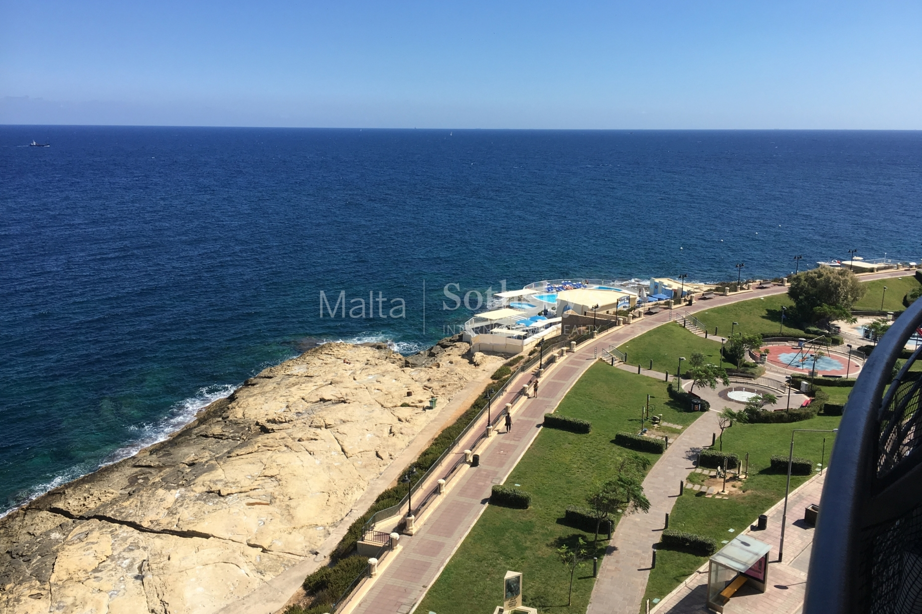 4 bed Apartment For Rent in Sliema, Sliema - thumb 9