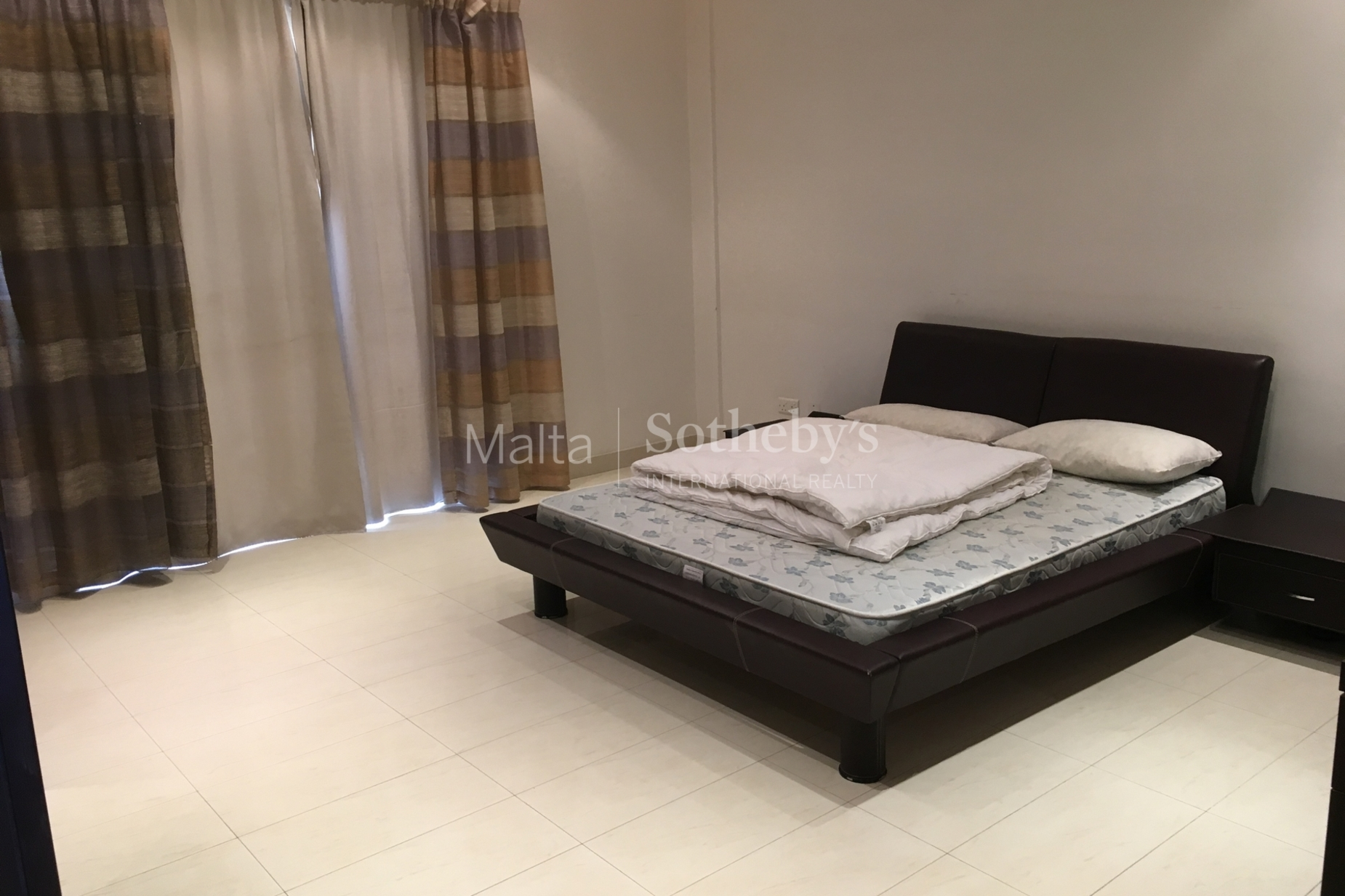 4 bed Apartment For Rent in Sliema, Sliema - thumb 6