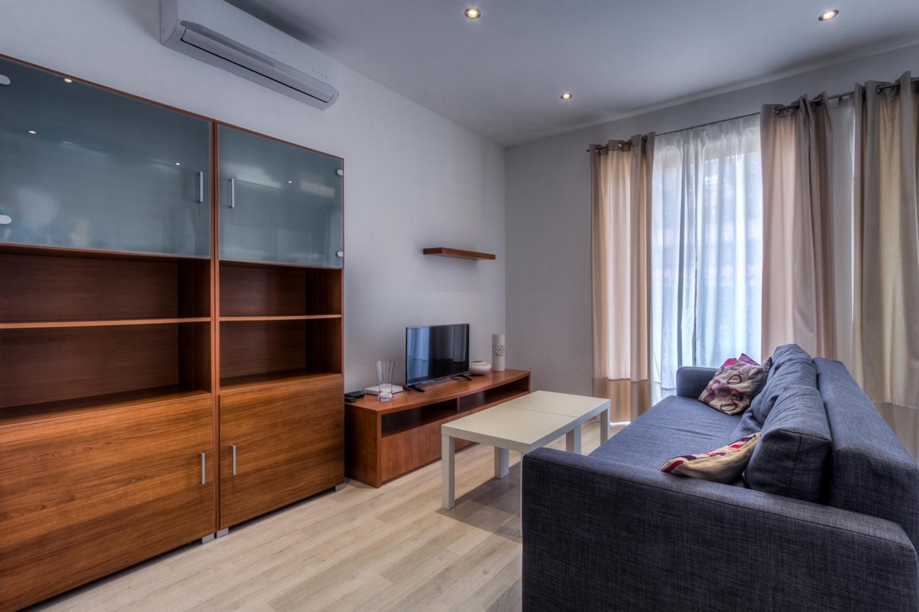 1 bed Apartment For Rent in Sliema, Sliema - thumb 13