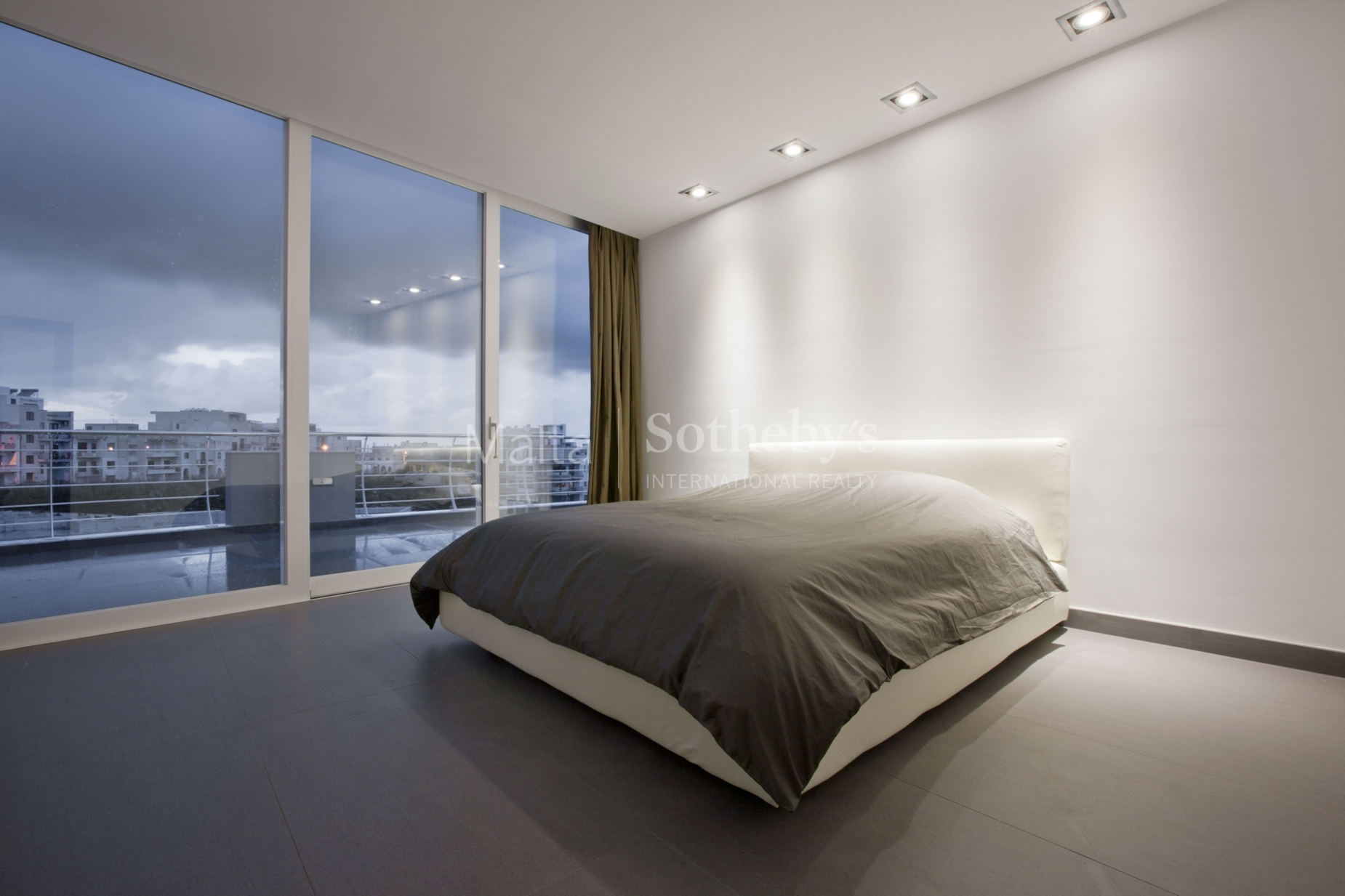 2 bed Penthouse For Sale in Mellieha, Mellieha - thumb 8