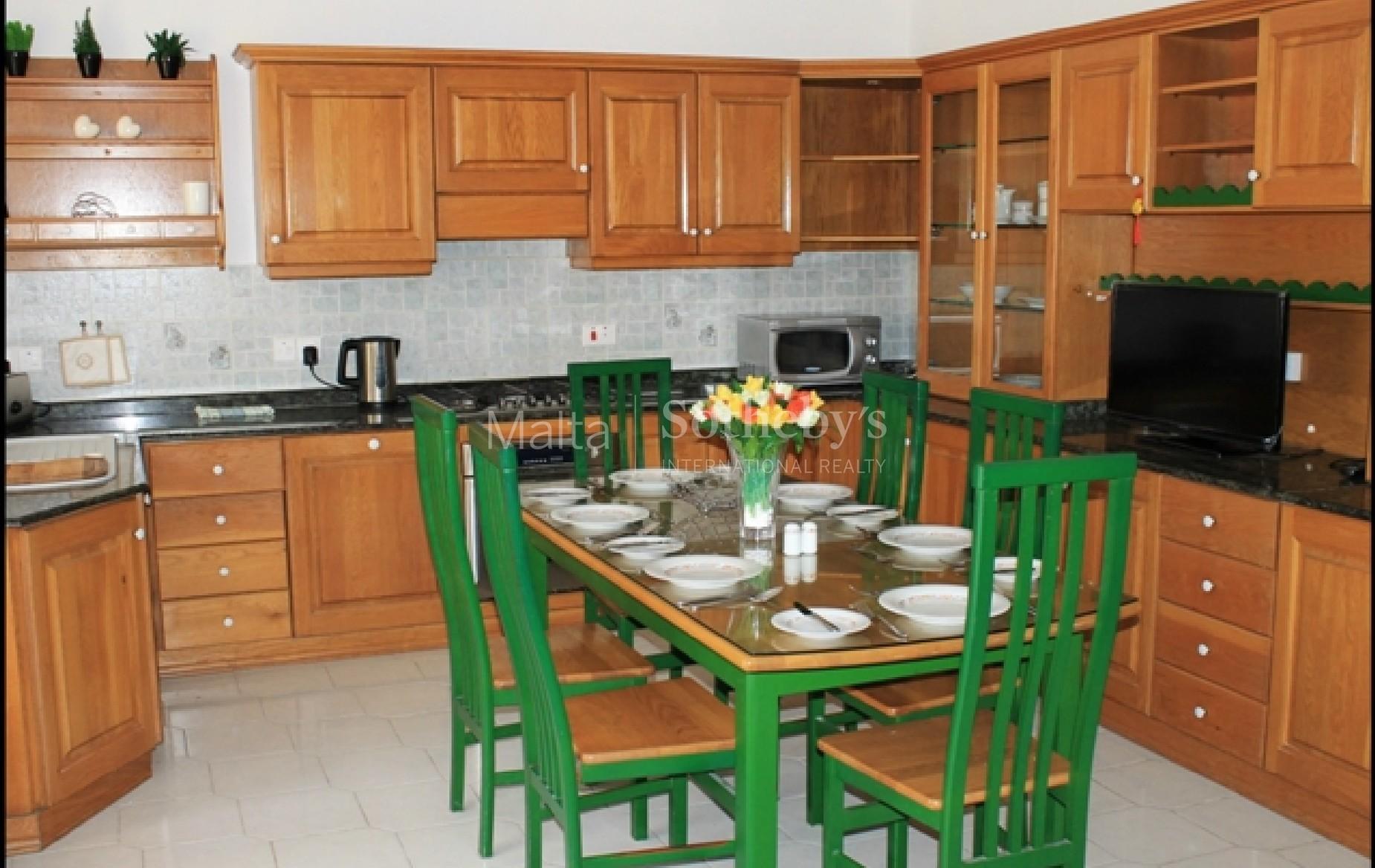 3 bed Villa For Rent in Naxxar, Naxxar - thumb 2