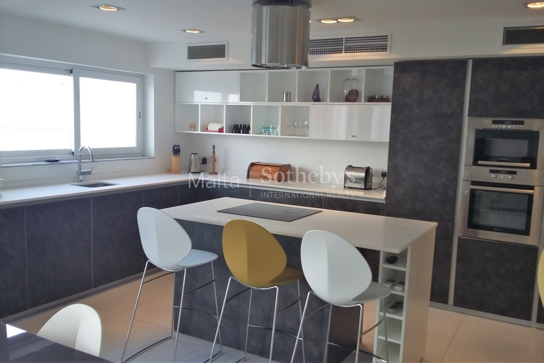 4 bed Penthouse For Rent in Sliema, Sliema - thumb 4