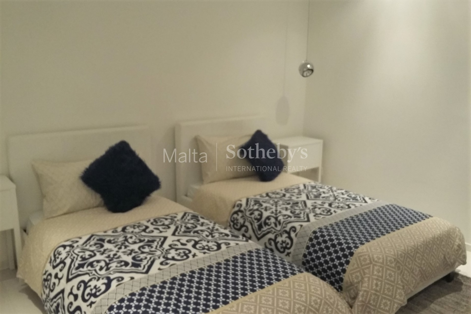 4 bed Penthouse For Rent in Sliema, Sliema - thumb 10