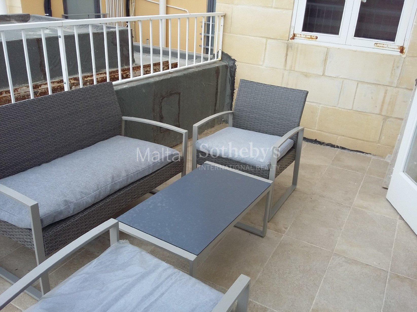 2 bed Apartment For Rent in Valletta, Valletta - thumb 5