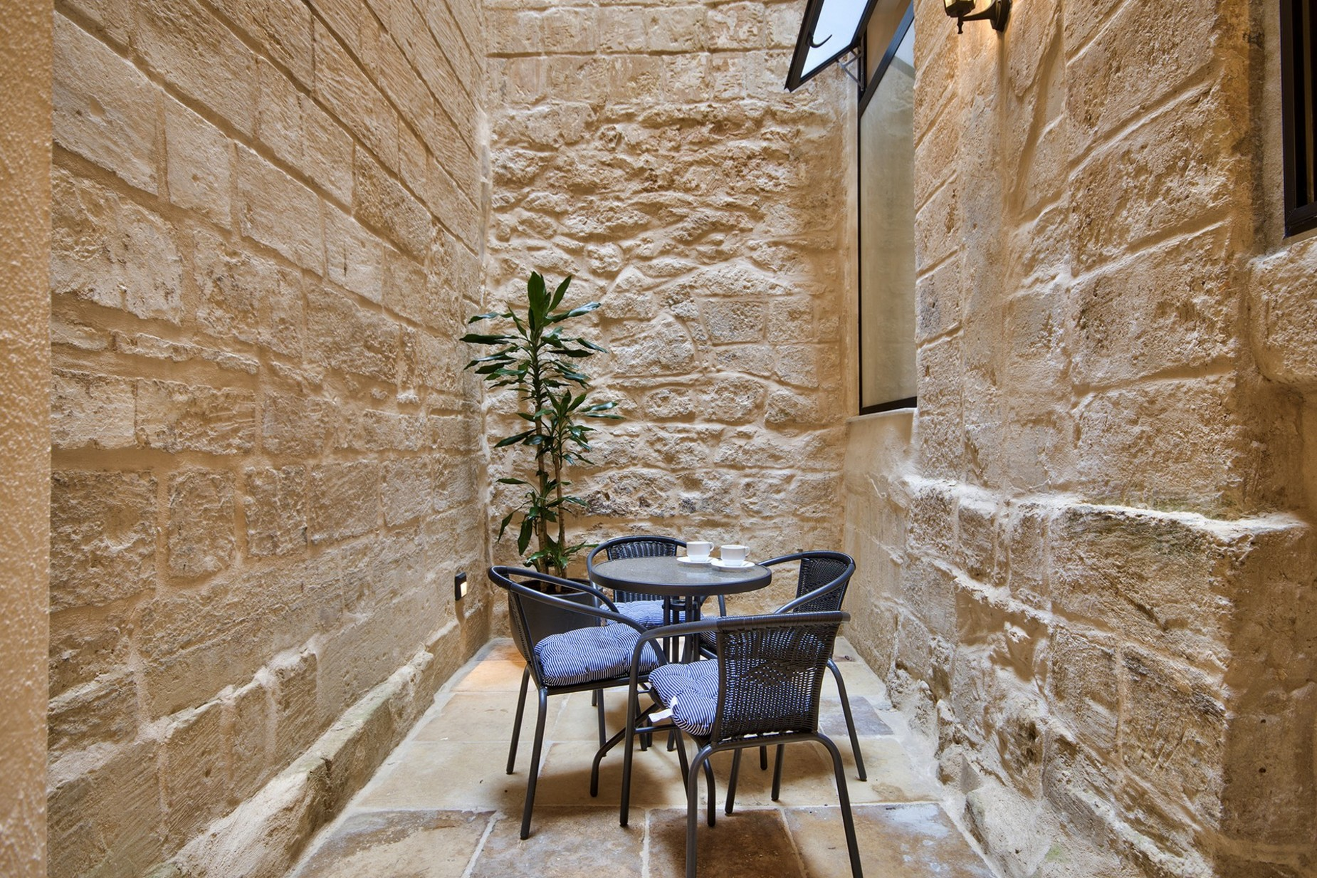 6 bed Palazzo For Sale in Valletta, Valletta - thumb 20