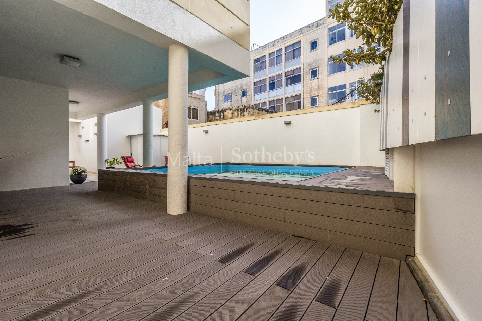 4 bed Apartment For Rent in St Julian's, St Julian's - thumb 2