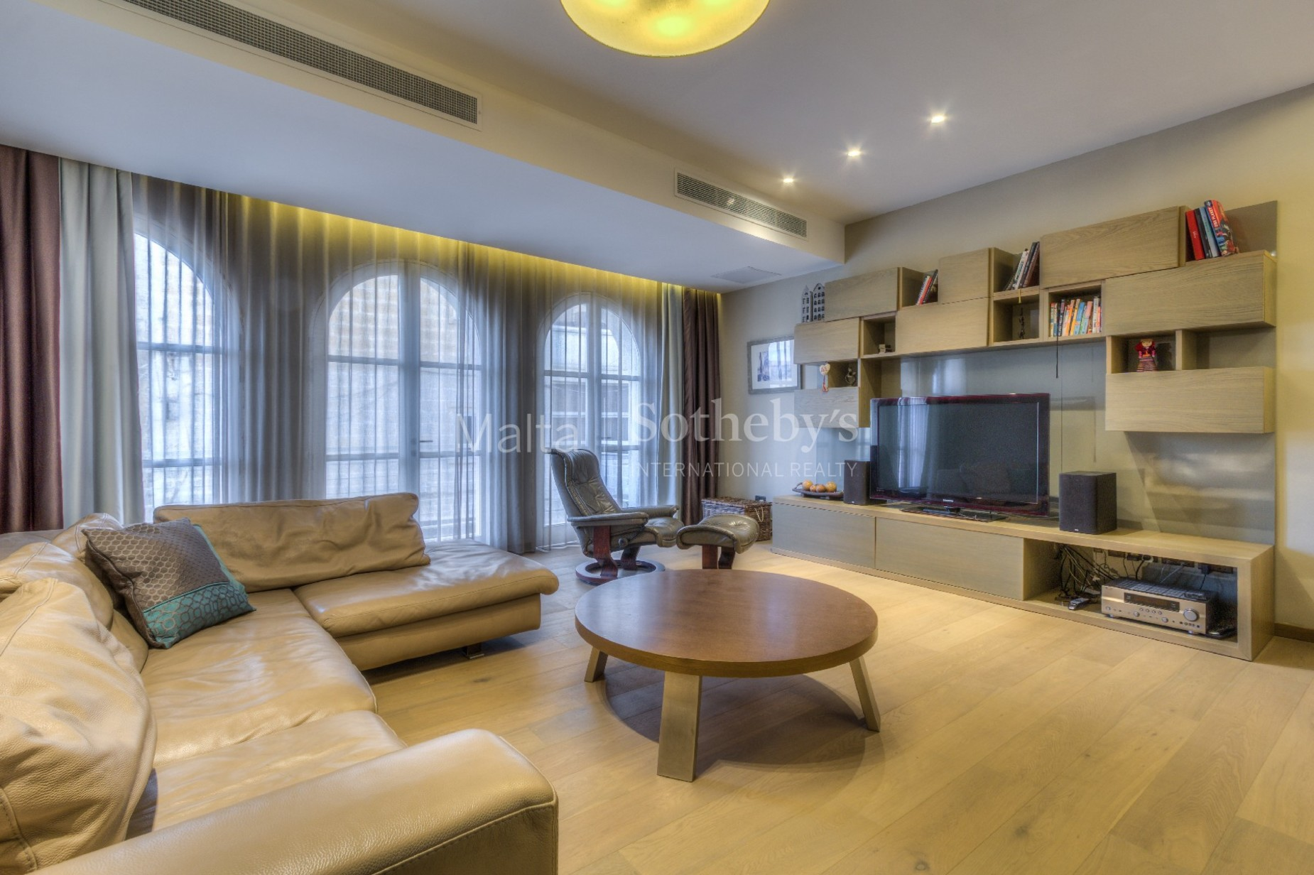 4 bed Apartment For Rent in St Julian's, St Julian's - thumb 12