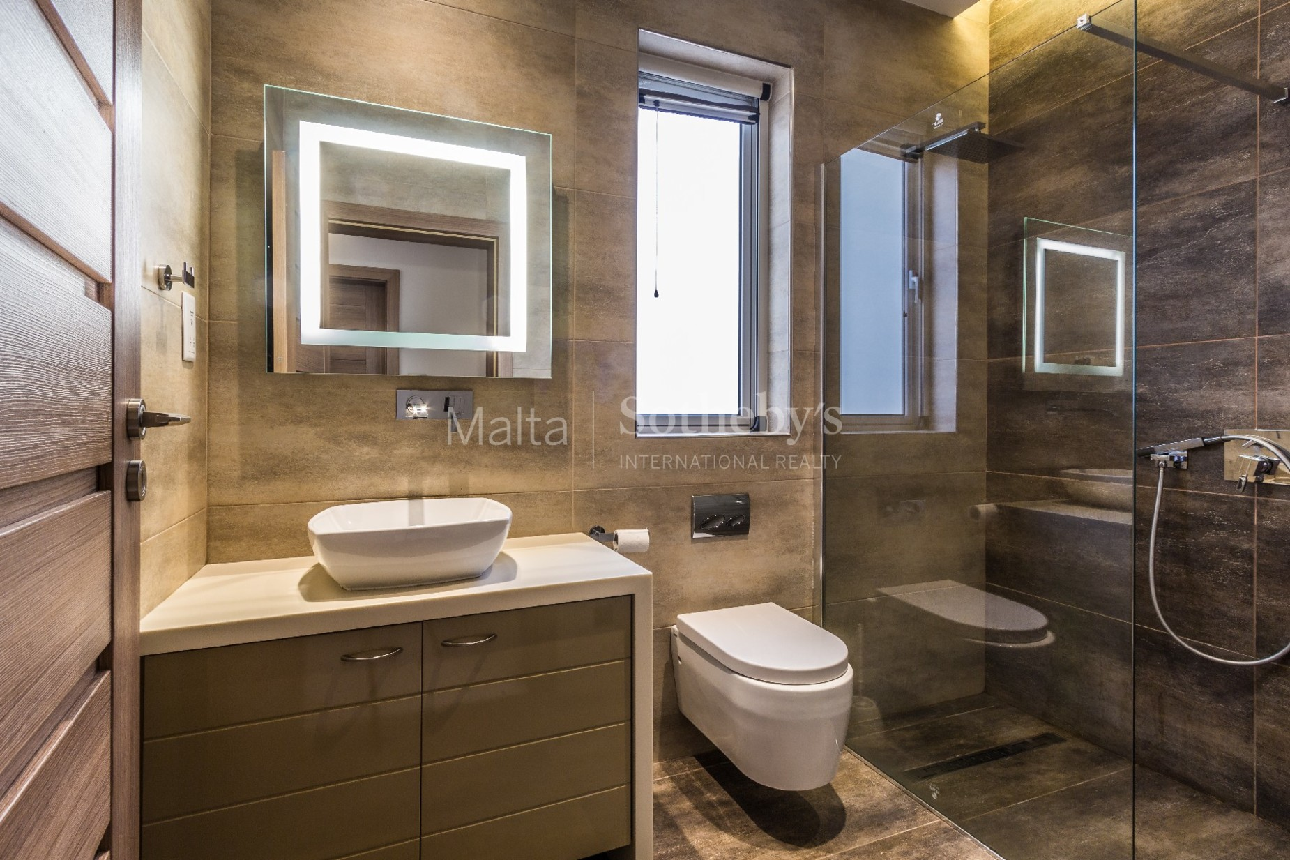 4 bed Apartment For Rent in St Julian's, St Julian's - thumb 13