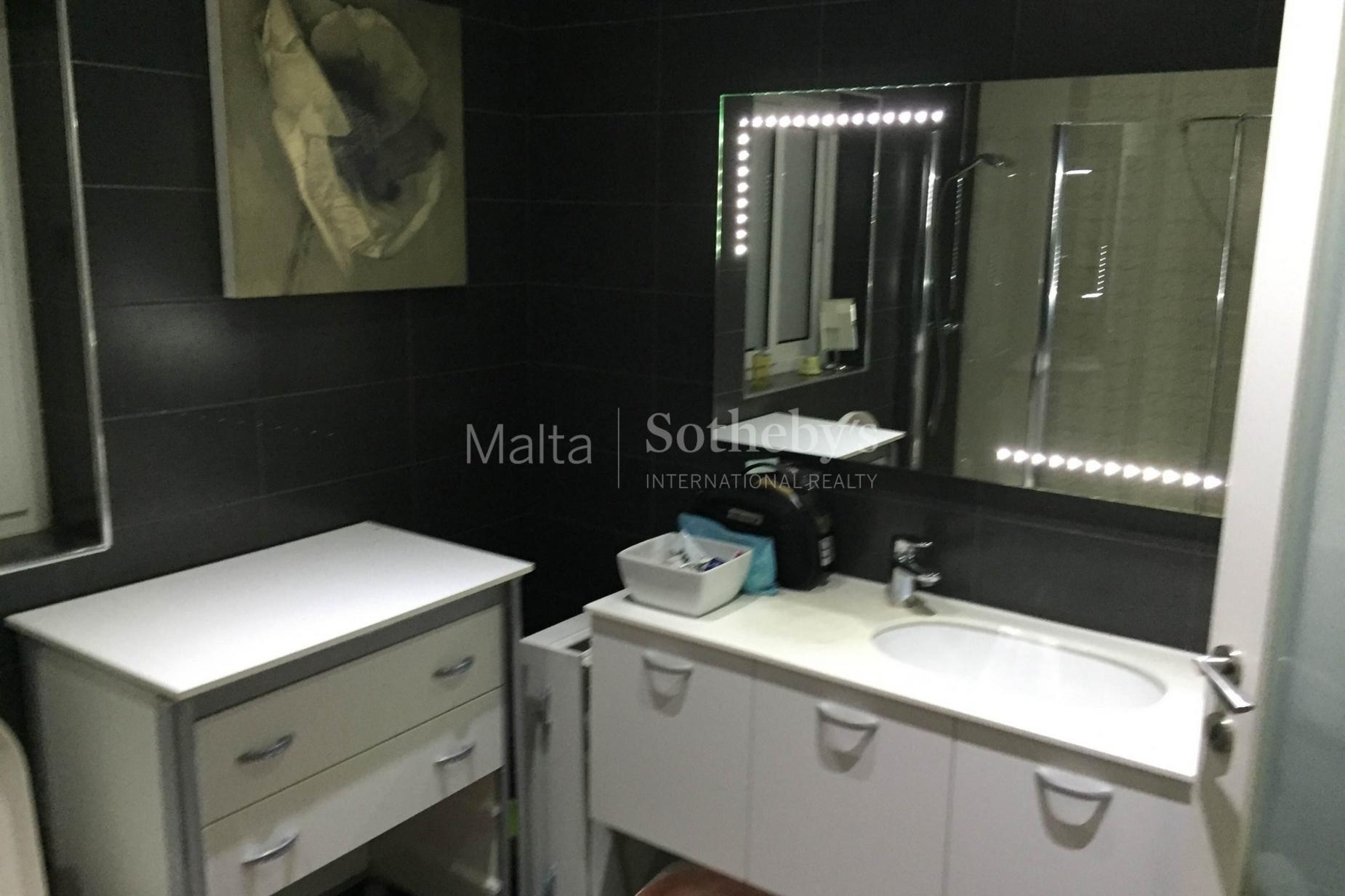 4 bed Maisonette For Rent in Gharghur, Gharghur - thumb 6
