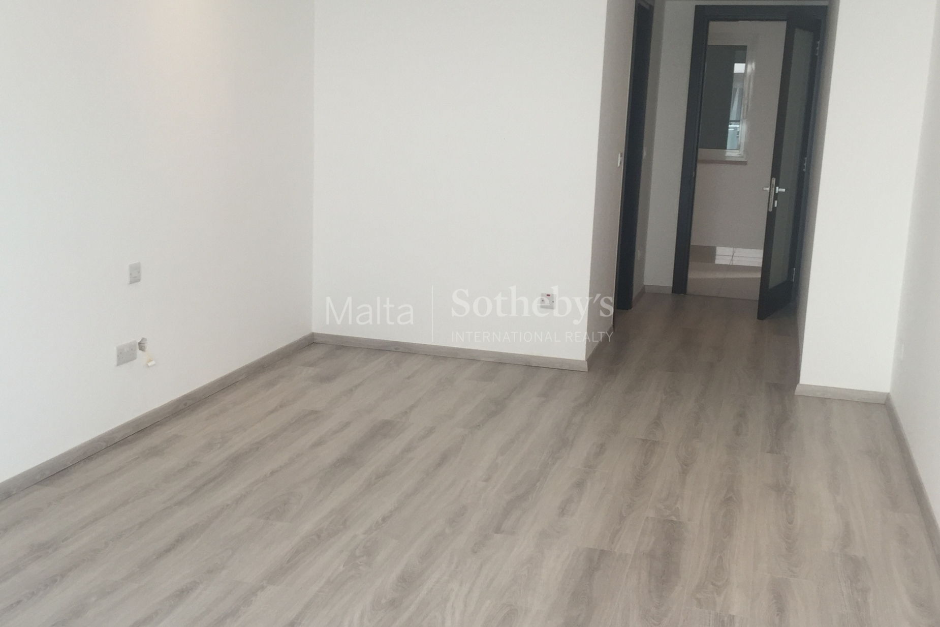 3 bed Apartment For Rent in Sliema, Sliema - thumb 11