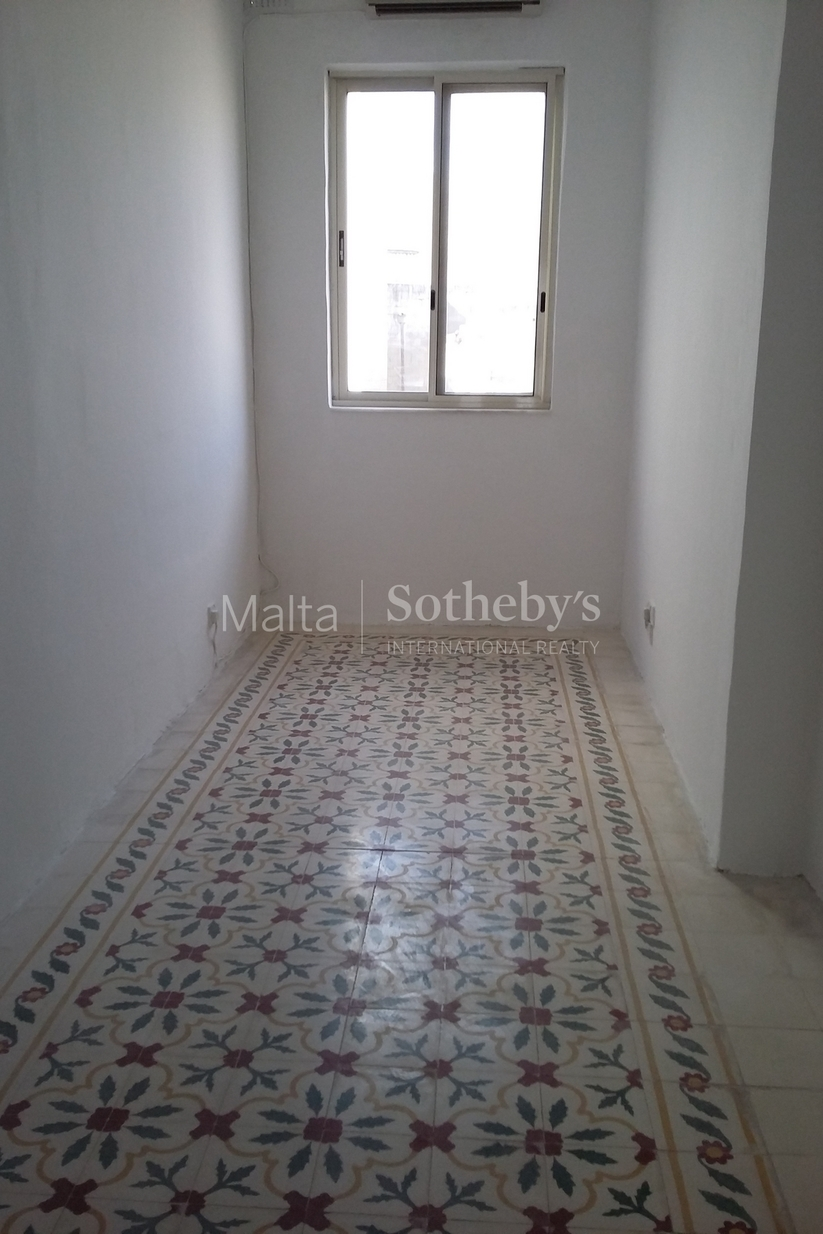 4 bed Town House For Rent in Sliema, Sliema - thumb 8