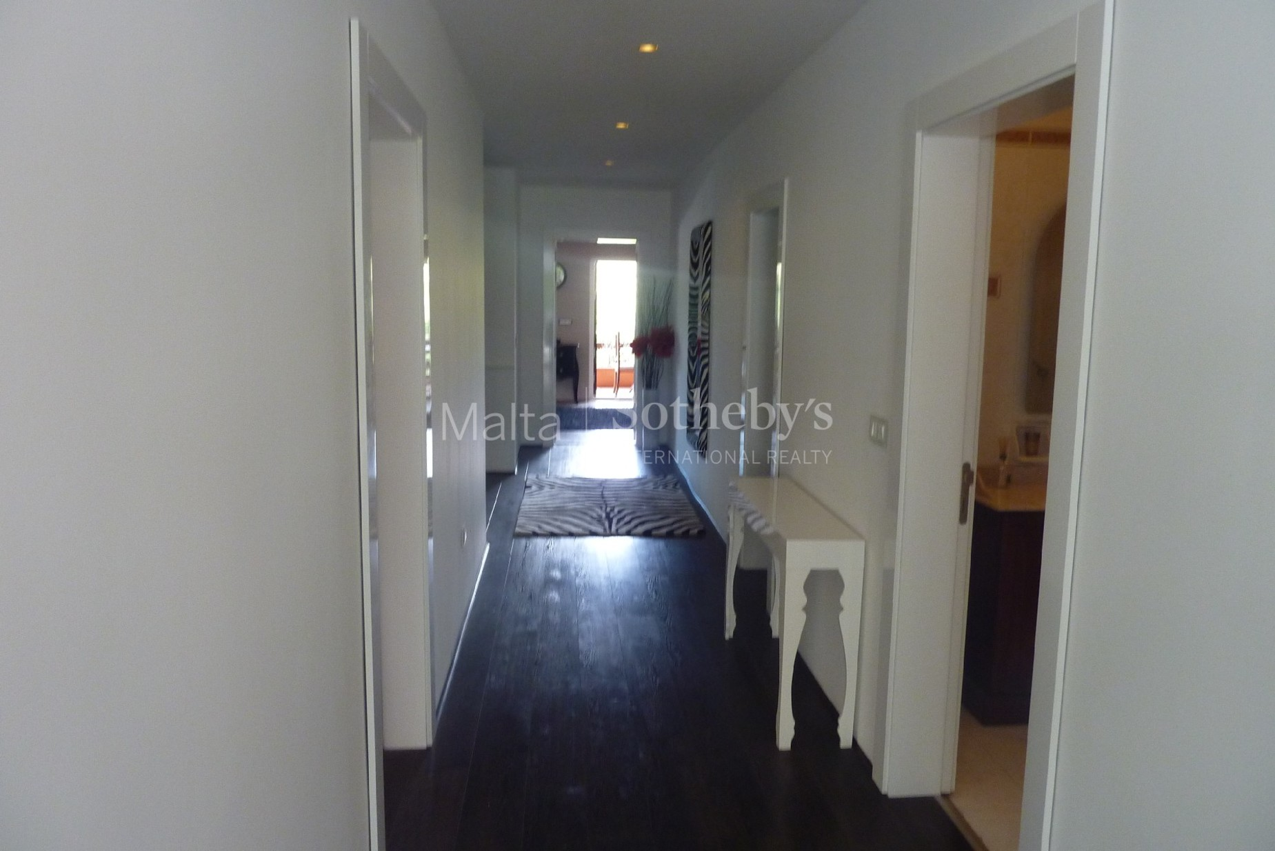 4 bed Villa For Rent in St Julian's, St Julian's - thumb 9