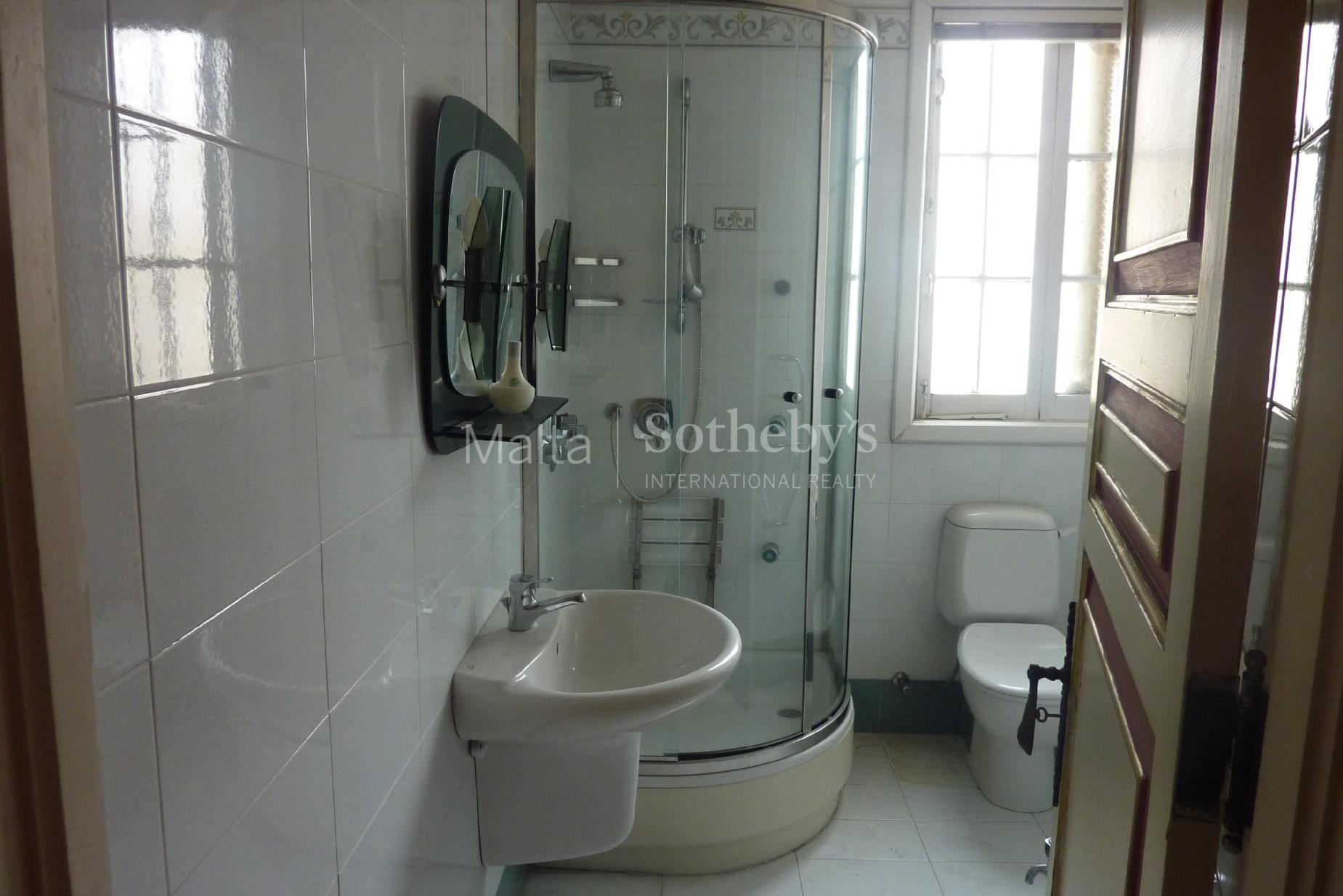 5 bed Villa For Sale in Balzan, Balzan - thumb 9