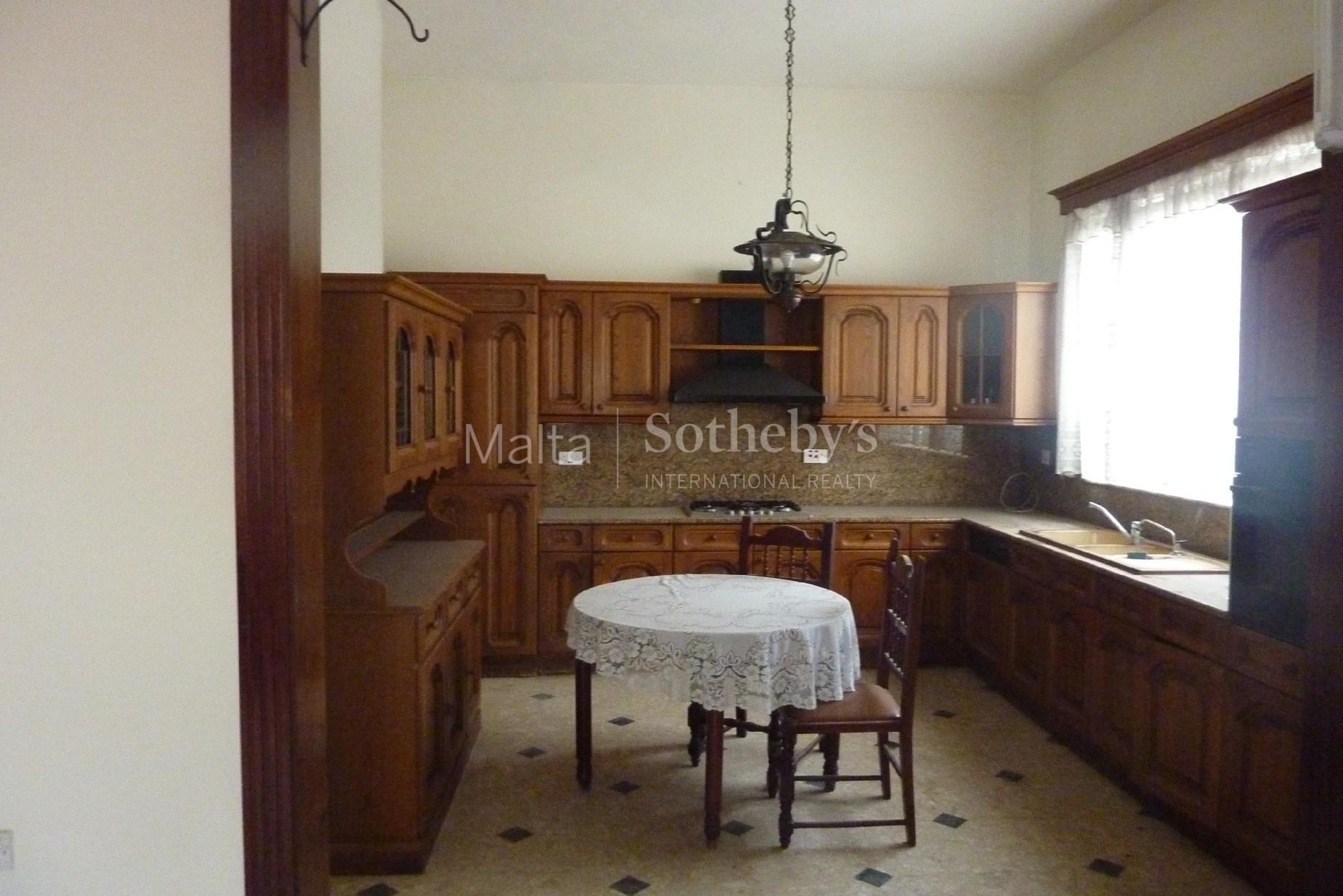 5 bed Villa For Sale in Balzan, Balzan - thumb 3
