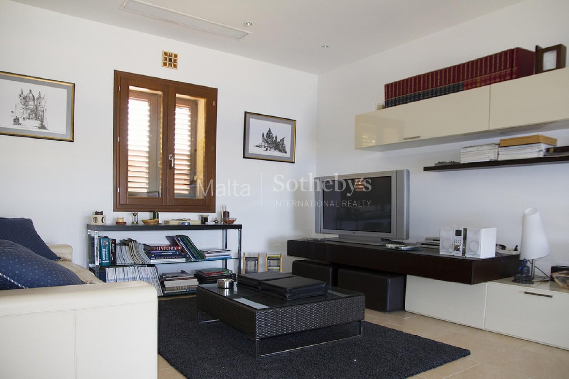 3 bed Villa For Sale in Ghajnsielem, Ghajnsielem - thumb 5