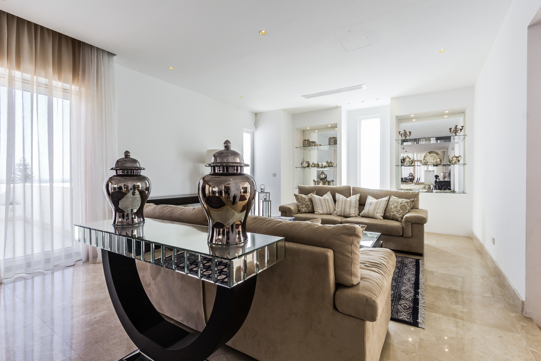 5 bed Villa For Rent in Madliena, Madliena - thumb 3